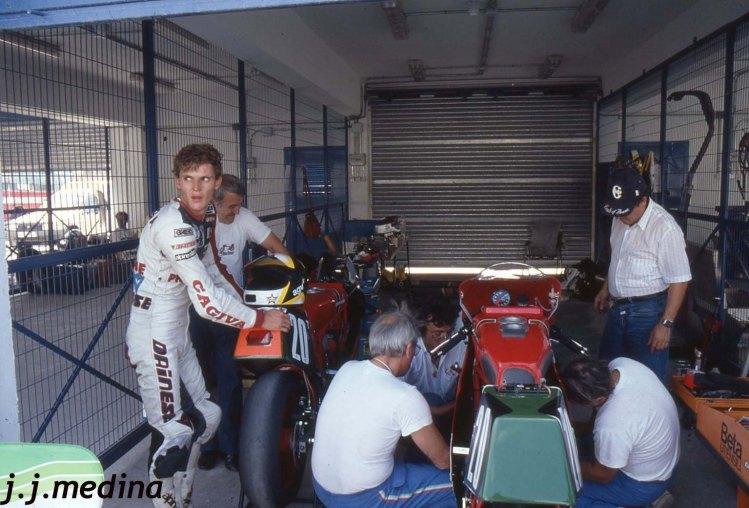 Joan Garriga, en el box de Ducati