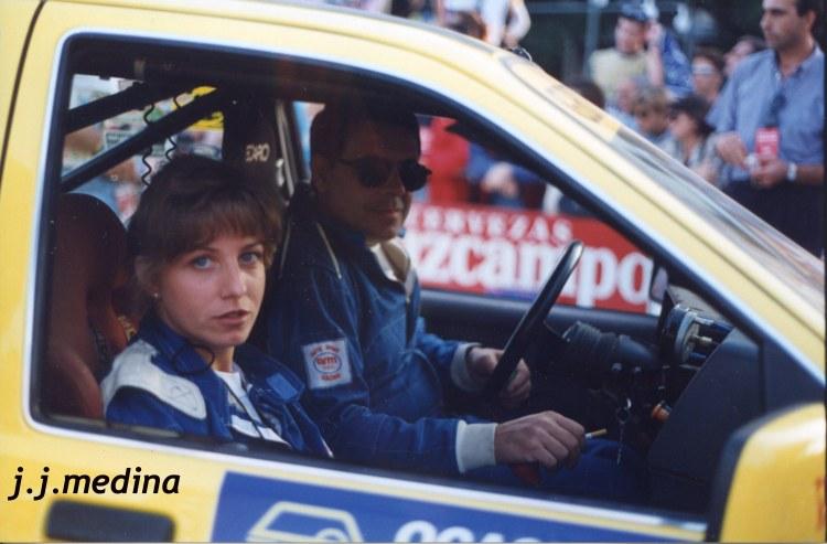 Silvia Aguilar y Paco López, Ford Sierra Cosworth
