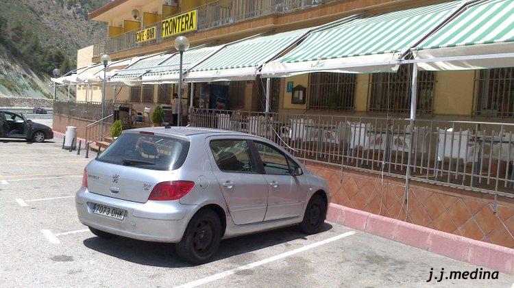 Peugeot 307 HDI en Café Bar Frontera