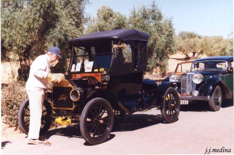 DEmetrio del Var, Ford T Modelo Rodaster