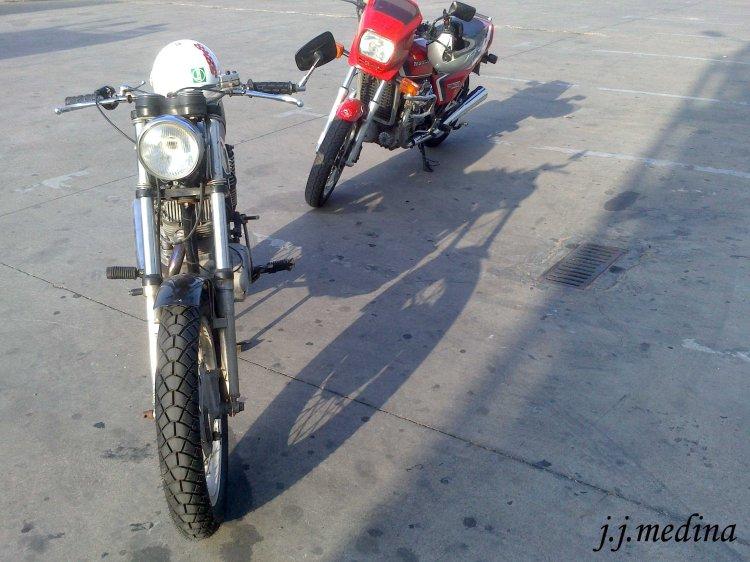 Ducati Road 350 y Honda CRX 500 en la  ITV