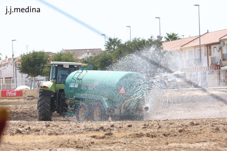 Tractor con cisterna