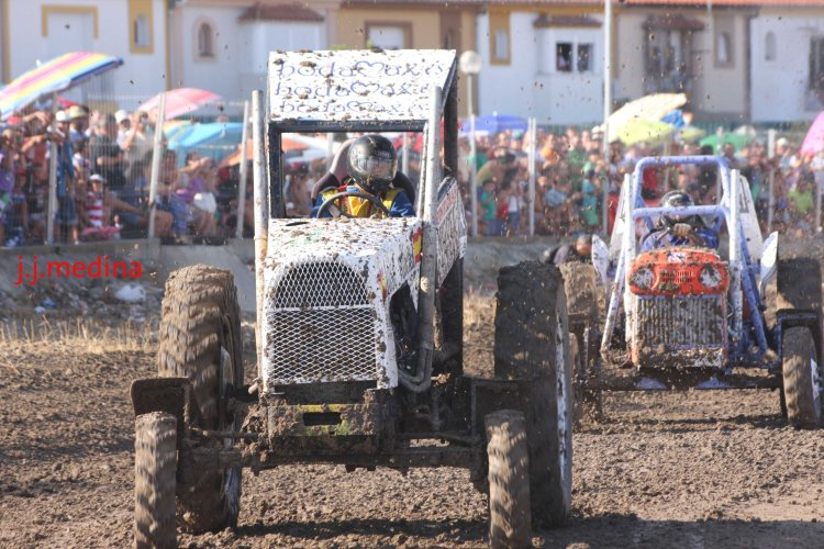 Lucha tractores