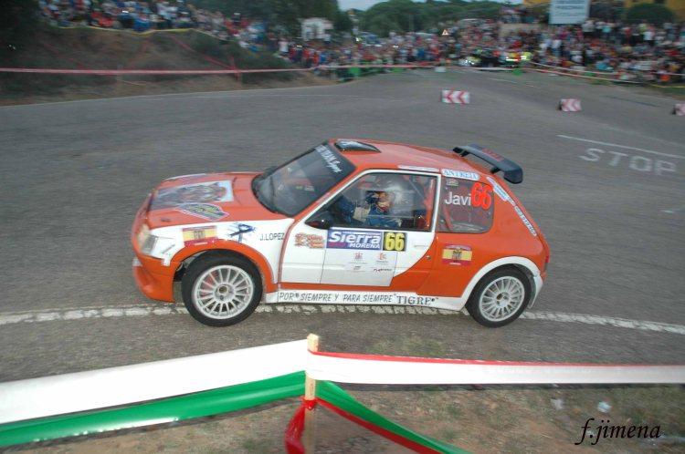 Javier López-Sandra M. Santacruz, Peugeot 205 Maxi