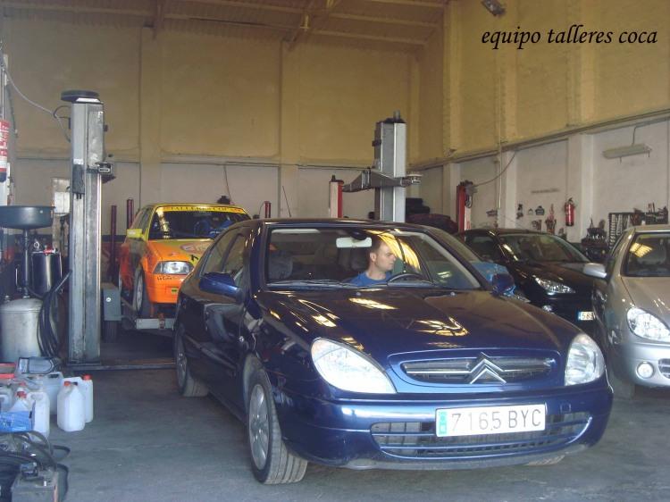 El Citroën AX de Coca-Benítez, preparado para salir