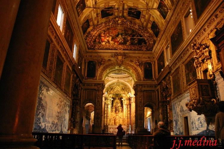 Museo de la Ceramica, Iglesia de la Madre de Dios