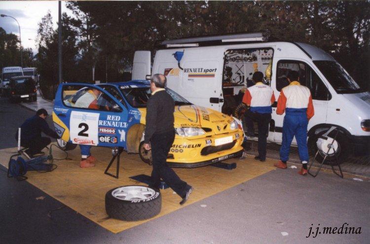 Asistencia Enrique Villar , R. Costa de Almería 2000