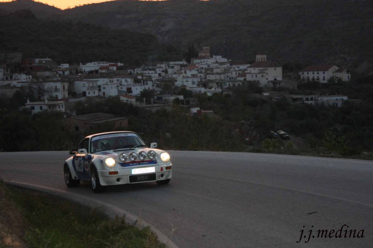 Luis Gracián-Anna Haliley Porsche 911 SC RSR
