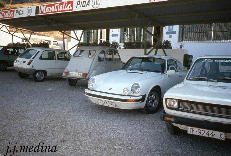 Porsche 911 y  Citroën 2CV