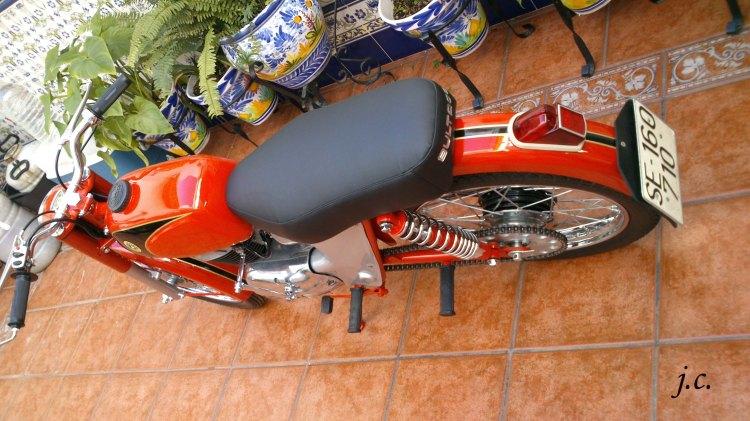 Bultaco Junior 125