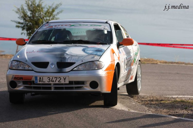 Nicolás y Alicia Rodríguez, Renault Megane Coupé