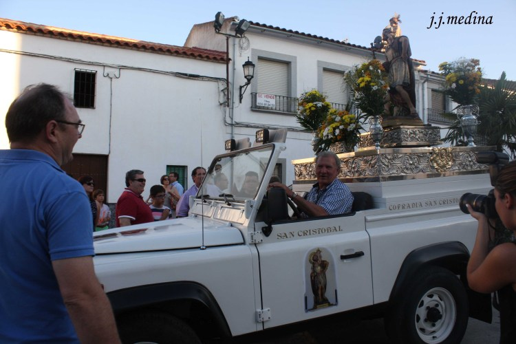 San Cristóbal en el  Land Rover