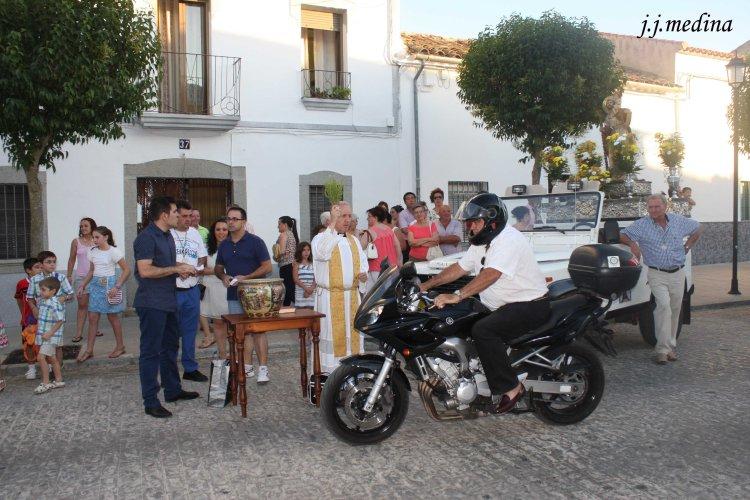 Luis M. y su moto