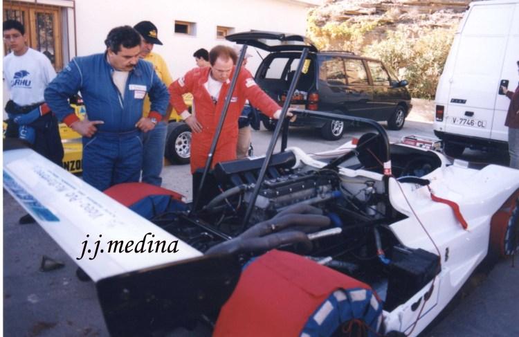 José Vicente Arnau y José Tovar,con la Osella BMW