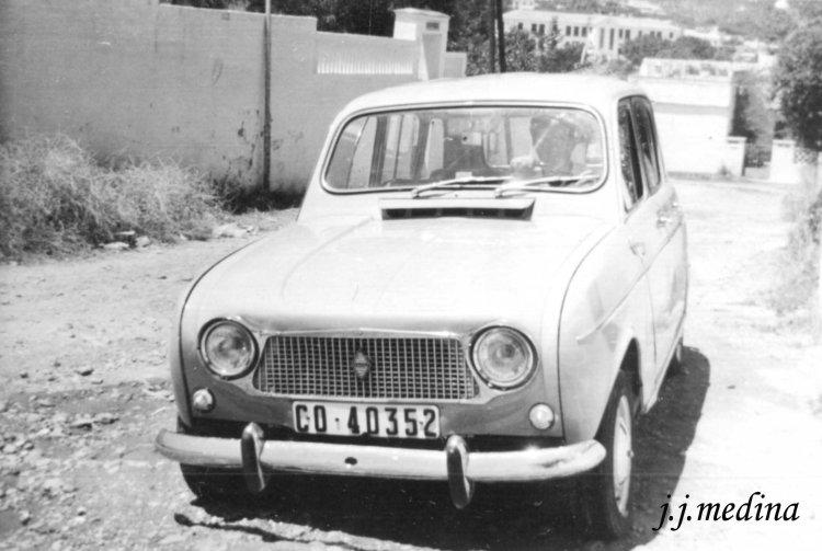 1. Renault 4 L copia.jpg