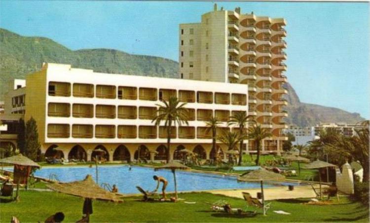 17 Hotel Satelites Park 3