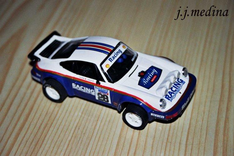 4  Porsche 911 Carrera RS.jpg